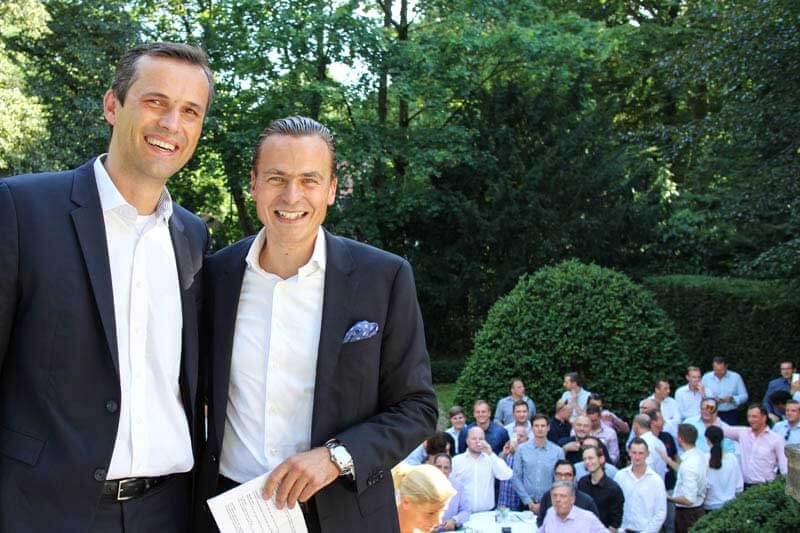 Die Geschäftsführer Karsten Marquardsen und Ansgar Heise kurz vor ihrer Jubiläumsrede.